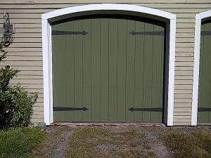 Green single garage door | Lewiston, ME